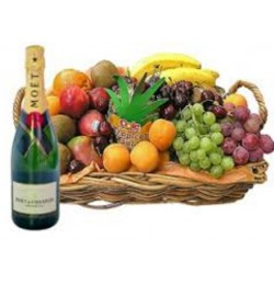 FRUITS AND CHANDON